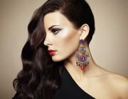 Side Swept: Die Glamour-Frisur des Jahres selbst stylen