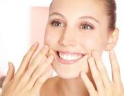Große Poren: Tipps für Hautpflege und Make-up
