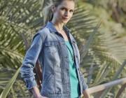 Multitalent Jeansjacke: Die trendigsten Styles des Klassikers